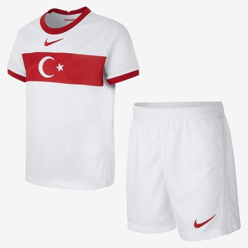 Nike Türkiye 2020 İç Saha Küçük Çocuk Futbol Forması (CD1276-100)