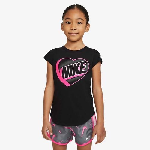 Nike 3D Heart Çocuk Siyah Tişört (36H573-023)